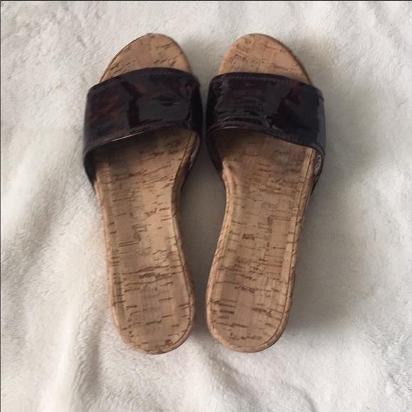 Stuart Weitzman tortoiseshell cork wedge slide 8